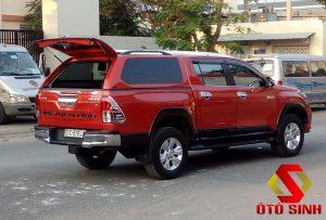 Nắp thùng xe bán tải Toyota Hilux